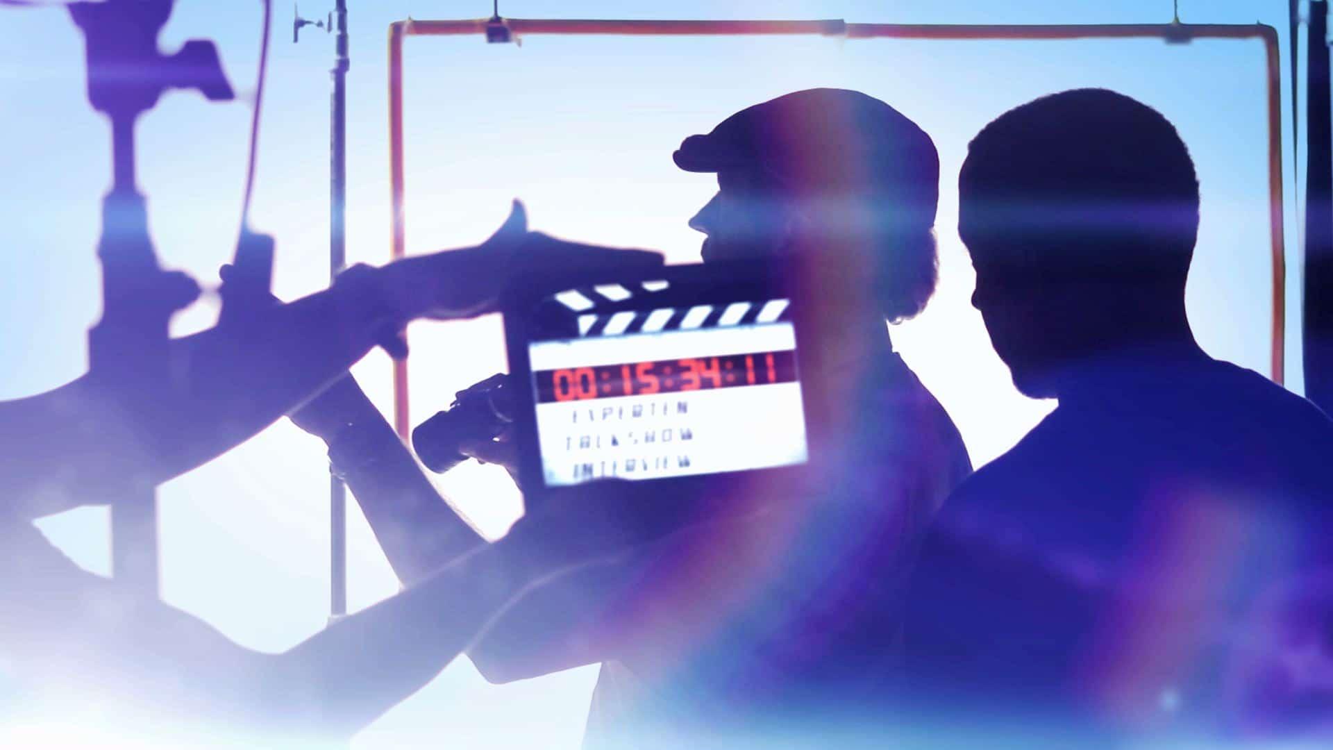 Expertentalkshow: TV-Studio Regie am Set mit Klappe